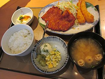 鶏南蛮とエビフライ定食