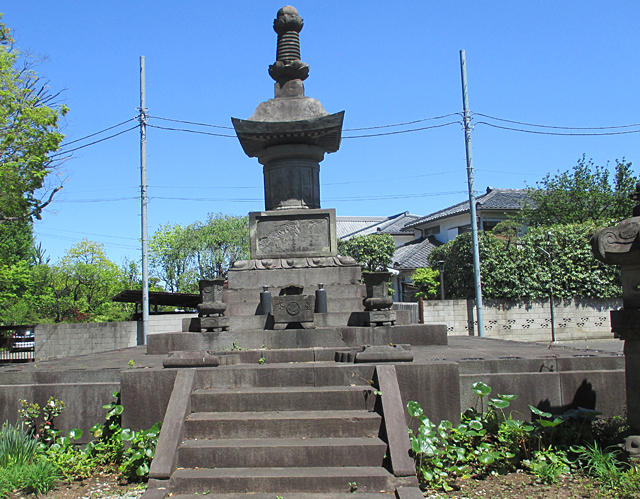 永寿院の芳心院墓所(万両塚遺跡霊園)