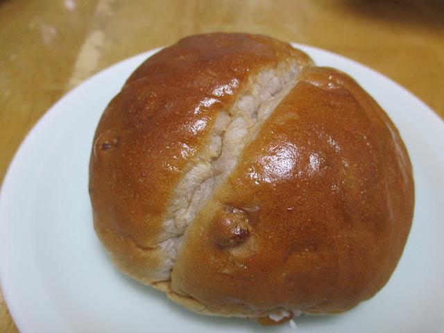 くるみパン 練乳クリーム