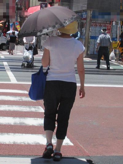日傘で多いのがやっぱり黒