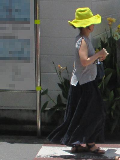 レモンイエローの帽子