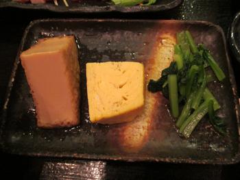 厚揚げ煮、玉子焼き、小松菜