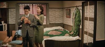 喜劇駅前飯店のフランキー堺と三原葉子
