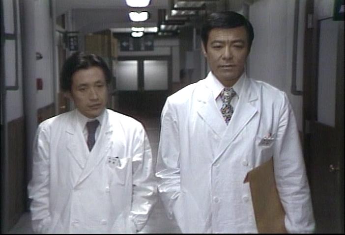 里見脩二医師