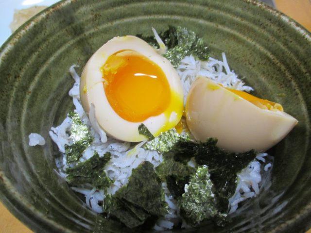 卵の穴あけ器