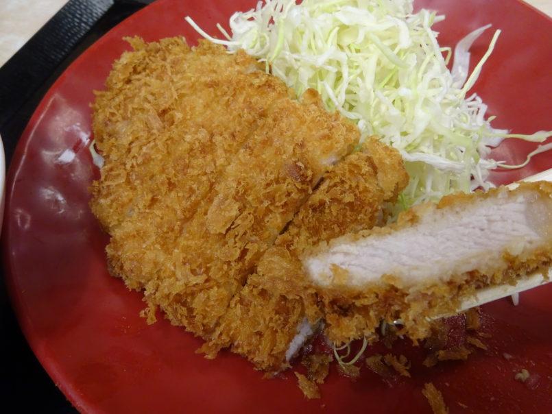 かつや池上駅前店(大田区池上)は令和最初の特売として6日までロースカツ定食とカツ丼(竹)が150円引きで食べられる