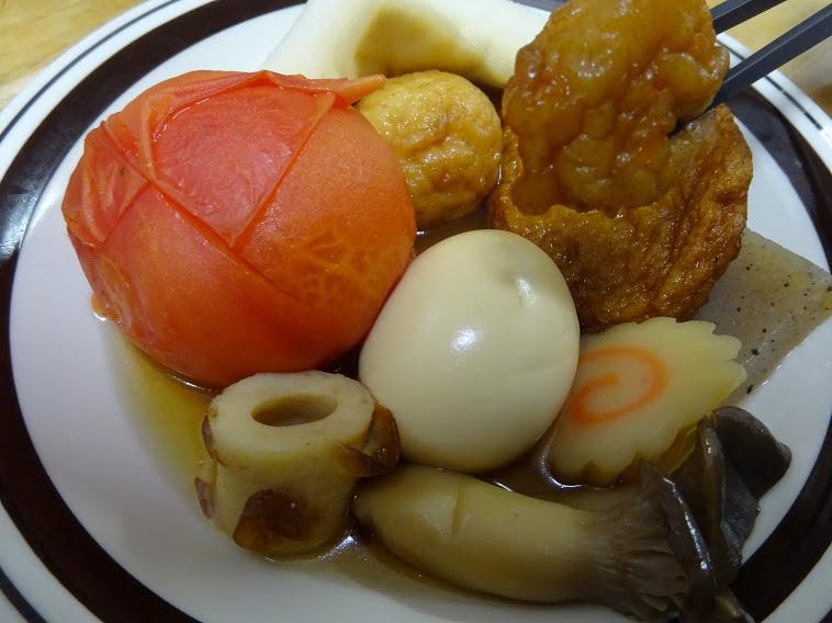 """おでんの具は何を召し上がってますか。好きなおでんの具アンケートが話題ですが私はトマトとエリンギ入りの""""創作料理""""です"""
