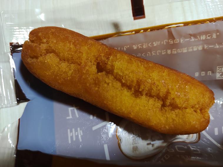 さつまいもドーナツ棒12本(フジバンビ)は、さつまいものホクホク感をイメージしたミニスティックサイズのドーナツです