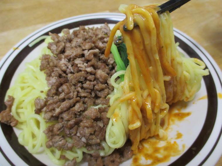 汁なし担々麺が『孤独のグルメSeason1』の第3話『豊島区池袋の汁なし担々麺』に登場したのでさっそく自分で作ってみました