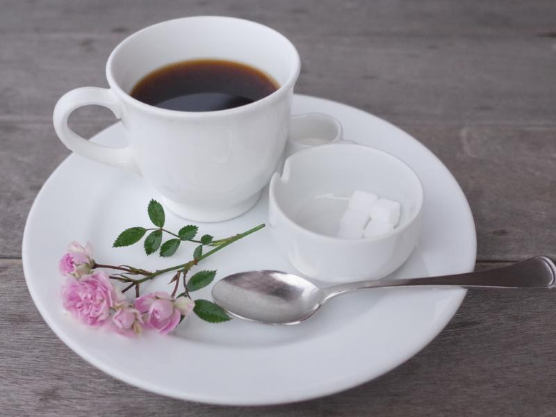 コーヒーが健康にいいのか悪いかはしばしば議論に。〇〇病や△△がんが減ったという報告も、逆にリスクがあるという報告もある